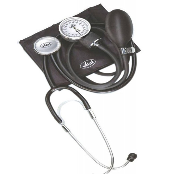 Assess Aneroid Sphygmomanometer with Stethoscope